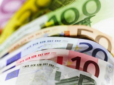 россияне использую иностранную валюту