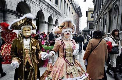 карнавал в Венеции с 15 февраля