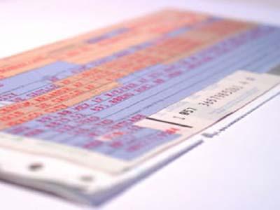 Авиакомпании смогут продавать невозвратные билеты